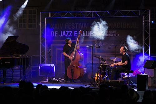 CARTEL FESTIVAL DE JAZZ 2016 TEUCRO